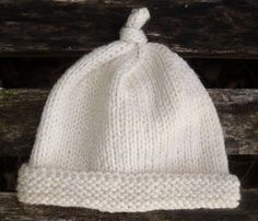Worsted Newborn Knotty Hat - free