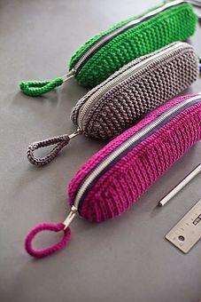 TUTORIAL - DIY Crochet Pencil Case