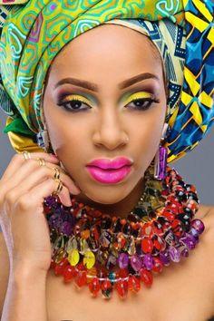 Magnifique Make-up et attaché de pagne par Rayjeweled - Pagnifik