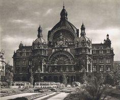 Centraalstation Antwerp.