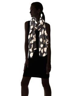 59% OFF Plush Women's Love Scarf, Black/Beige