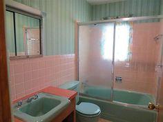 Bath Room Vintage Blue Shower Curtains New Ideas Aqua Bathroom, Tropical Bathroom, Vintage Bathrooms, Budget Bathroom, Pink Bathrooms, 1950s Bathroom, Downstairs Bathroom, Bathroom Inspo, Bathroom Designs