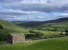 Swaledale Meadows Yorkshire Dales, English Countryside, Paris Travel, Great Britain, Landscape Photography, Golf Courses, Landscapes, Mountains, Nature