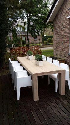 Model BOX, 49,95 p.s.  Alle kleuren leverbaar  www.eetkamerstoelen.nl
