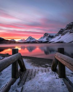 What country is your favourite to shoot landscape photos? 📷 I haven't been to Canada but it looks like a whole new level! Photos by… Landscape Photos, Landscape Photography, Nature Photography, Pictures To Paint, Cool Pictures, Beautiful Pictures, Photos Voyages, Seen, Nature Images