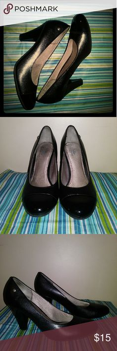 """Life Stride Velocity w/Memory Foam Heels Black Leather Shoes w/Patent Leather Tip... Flex Sole in Front... 3""""Heels... Barely Worn... Small Scuff on Left Heal... Insole Still Intake. Life Stride Shoes Heels"""