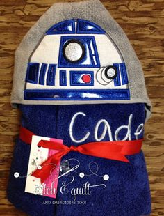 Super cute hooded towels great for home, beach, campers, or for any super hero. Bath towel measures approx. 54 W x 30 L. FAQ: Q: What is a patch?