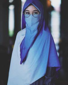 Beautiful Muslim Women, Beautiful Hijab, Hijab Evening Dress, Evening Dresses, Hijab Cartoon, Hijab Niqab, Hijabi Girl, Hijab Styles, Muslim Girls
