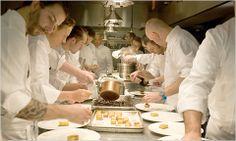 8 Le Cirque Famous Chefs Ideas Le Cirque Cirque Fine Dining