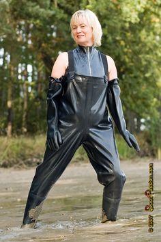 Lovely lady in pvc Latex, Fishing Boots, Rubber Raincoats, Rain Pants, Heavy Rubber, Rubber Gloves, Rain Gear, Wellington Boot, Preppy Style