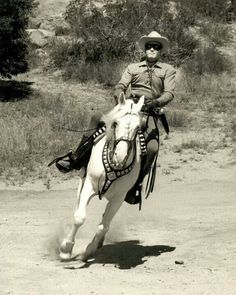 """This film is a color B+ Western based on the """"The Lone Ranger"""" television series, starring Clayton Moore, Jay Silverheels and Michael An. Old Western Actors, Western Movies, John Hart, The Lone Ranger, Tv Westerns, Masked Man, Old Tv Shows, Vintage Tv, Batman"""