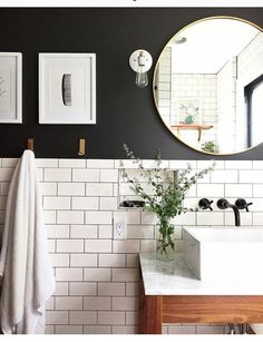 Love there white subway tile and black wall paint for a small bathroom Classic bathroom. Love there white subway tile and black wall paint for a small bathroom Black Painted Walls, Black Walls, Bedroom With Gray Walls, Black Ceiling, White Walls, Bathroom Renos, Bathroom Renovations, Remodel Bathroom, Bathroom Mirrors