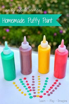 I didn't know that you could make homemade puffy paint! - Amazing apple scented puffy paint recipe - This no cook recipe is made from common household ingredients, and kids love it! Puffy Paint Crafts, Crafts To Do, Crafts For Kids, Easy Crafts, Projects For Kids, Diy For Kids, Craft Projects, Craft Ideas, Play Ideas