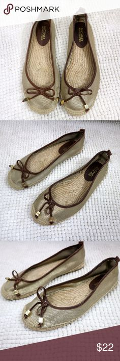Michael Kors Meg Canvas Espadrille Flats Michael Kors women's size 9 canvas espadrille flats. These have cute bows with gold hardware. KORS Michael Kors Shoes Flats & Loafers