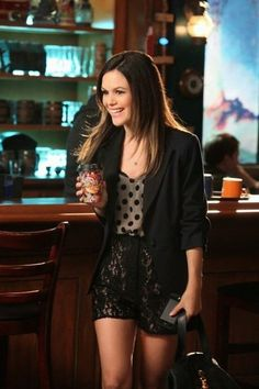 Lace shorts and polka dot shirt paired with a black blazer. Super cute! *Rachel Bilson on Hart of Dixie