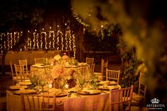 Table Decorations, Furniture, Home Decor, Weddings, Decoration Home, Room Decor, Home Furnishings, Home Interior Design, Dinner Table Decorations