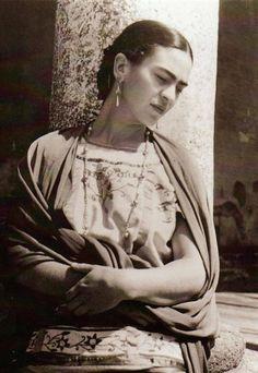 Série de fotos raras de Frida Kahlo.