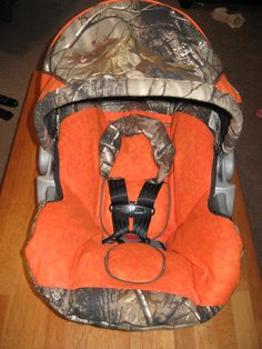 photos of diy carseat covers | Mama Lusco Handmade: Infant Car Seat Cover for Baby Fritz
