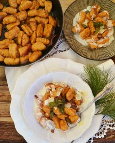 Essen, das unglaublich glücklich macht! Ja, in diese Schublade würde ich meine Süßkartoffel-Gnocchi reinlegen… Gnocchi sind einfach immer eine gute Idee! Zu den guten süßen Knollen hab ich …
