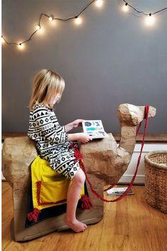 DIY Camel Chair | kids decor | Recycled Crafts | Design on a dime | kids room hacks | Paper Bag Camel