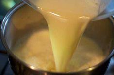 Cremă caramel — ideală pentru torturi și prăjituri! - Retete Usoare Creme Caramel, Fondue, Pudding, Cooking, Ethnic Recipes, Desserts, Kitchen, Tailgate Desserts, Creme Brulee