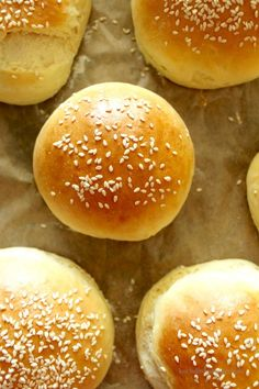 Homemade burger buns are a hit! - Homemade burger buns are a hit! From now on I will only make them myself and never buy burger rolls - Mini Burger Buns, Homemade Burger Buns, Mini Burgers, Mini Pizza Recipes, Cupcake Recipes, Dog Food Recipes, Drink Recipes, Most Popular Recipes, Favorite Recipes