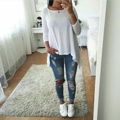 Jeans rasgadinho.❣