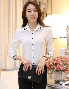 Áo sơ mi nữ phối viền thời trang - A9551 Giá: 195.000đ Office Dresses, Somi, Office Fashion, Office Ladies, Sexy Body, T Shirt, Shirt Blouses, Asian Beauty, Lady