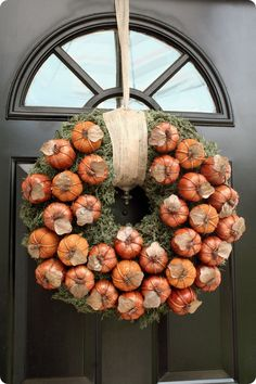 DIY wreath with little pumpkins