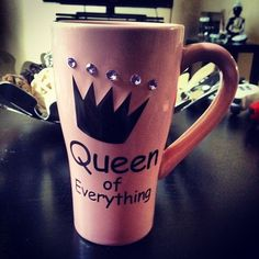 Queen Of Everything #queens, #cups, #design, https://facebook.com/apps/application.php?id=106186096099420