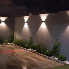Garden Deco, Terrace Garden, Terrace Design, Garden Design, Small Yard Design, Cotswold House, Modern Water Feature, Inside Design, Exterior Lighting