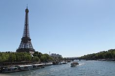 This is the Seine in beautiful Paris. You can't get the picture more France then this. The Eiffel tower in the blue sky and the blue water from the Seine. Beautiful Paris, Paris Travel, Photo S, Paris Skyline, Tower, France, Building, Places, Pictures