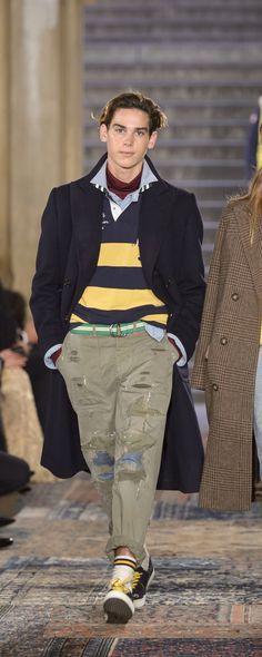 Prep style · mens fall · androgynous · country life · ralph lauren fall-winter - ready-to-wear - http Mens Fashion 2018, Preppy Mens Fashion, Big Men Fashion, Mens Fashion Suits, Unisex Fashion, Fashion Fall, Fashion Brands, Fashion Ideas, Fashion Outfits