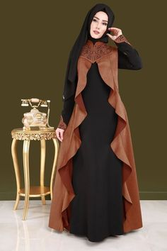 Suede Vest Looking Dress Tile Islamic Fashion, Muslim Fashion, Modest Fashion, Fashion Dresses, Mode Niqab, Abaya Mode, Abaya Designs, Modest Outfits, Modest Clothing