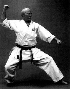 Gyaku uke Karate, Martial Arts, Chef Jackets, High Low, Style, Swag, Combat Sport, Outfits, Martial Art
