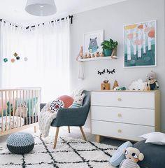 As sad as I will be to transition Addison out of her cot I am so excited to start her toddler room. And this starts with finding a toddler bed - please comment or tag below if you or a store you know sells toddler beds that are good for transitioning! Thanks :) For now I'm still drooling over baby rooms such as this one from @oh.eight.oh.nine head to her page for product tags by seekandstyle