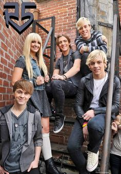 Origin:Los Angeles, California, U.S.; Genres:Pop rock; Years active:2009–present; Labels:Hollywood; Website:r5rocks.com; Members:Ross Lynch,Riker Lynch,Rocky Lynch,Rydel Lynch,Ellington Ratliff.