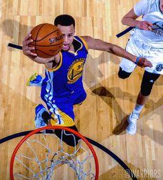 #LETSGOWARRIORS   @stephencurry30 for ✌ Stefan Curry, Golden State Warriors Basketball, The Golden Boy, Human Torch, Sport Inspiration, Basketball Association, Nba Champions, Nba Players, Kobe Bryant