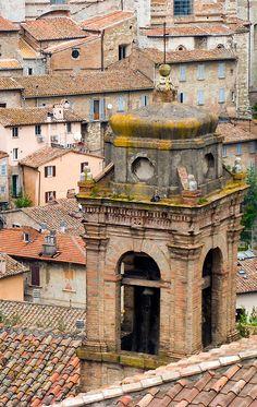 Perugia - Italy (von spettacolopuro)