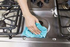 Come pulire le superfici in acciaio con rimedi naturali e prodotti fai da te (Foto)