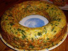 Ingrédients: 500g de pomme de terre 200g d'oignon 6 oeufs un dl d'huile d'olive sel et poivre au goût 100 g de fromage...