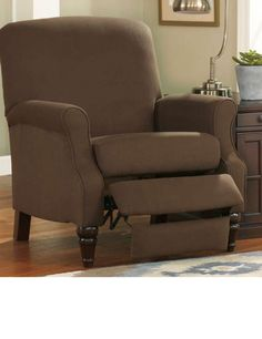 High leg chocolate recliner  sc 1 st  Pinterest & Comfortable stylish recliners | SOFAS \u0026 FUTONS | Pinterest ... islam-shia.org
