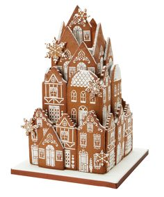 Gingerbread Cookie Village Table Centerpiece - Gingerbread House #GingerbreadHouse