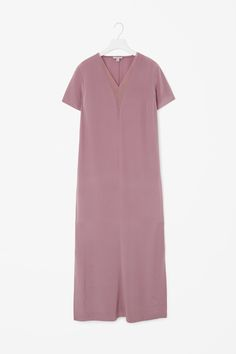 Made from pure silk, this long dress has sheer detailed deep v-neckline. A slip-on design and a straight fit, it has in-seam pockets, short sleeves and neat finishes.