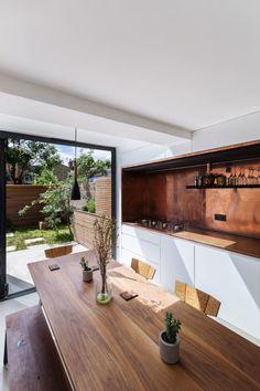 Studio 304 Architecture Beendet Ein Renovierungs  Und Erweiterungsprojekt  In London, England