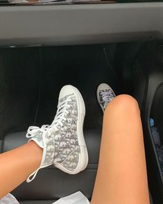 Dior Women's Boots Luxury Sneakers - New Ideas Moda Sneakers, Sneakers Mode, Sneakers Fashion, Fashion Shoes, Shoes Sneakers, Shoes Heels, Fashion Outfits, Fashion Days, Fashion Fashion