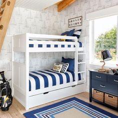 What a FUN bunk room via @interiorsbymaite! ⚓️ Tag a friend to share!