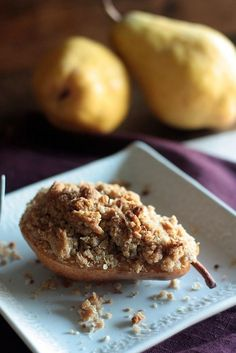 {Individual Pear Crisps} - 29 minutes to a warm and crispy pear crumble!! Country Cleaver