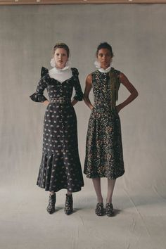 Erdem Resort 2019 Fashion Show Collection: See the complete Erdem Resort 2019 collection. Look 27 Fashion Week, Diy Fashion, Runway Fashion, Autumn Fashion, Fashion Tips, Fashion Design, Fashion Trends, Style Couture, Haute Couture Fashion