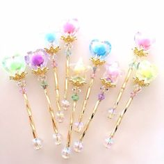 Cute idea to do with hair pins Vintage shabby chic home decor Pastel unicorn color pink blue light violet green mint beautiful colorful kawaii things objects cute orange yellow Kawaii Jewelry, Kawaii Accessories, Cute Jewelry, Hair Accessories, Kawaii Diy, Cute Pens, Diy Resin Crafts, Magical Jewelry, Resin Charms
